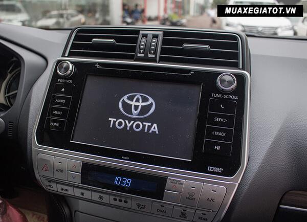 "dau dvd toyota prado 2020 toyota tan cang 17 - Đánh giá xe Toyota Land Prado 2021, Xe SUV 7 chỗ ""chuẩn mực"""
