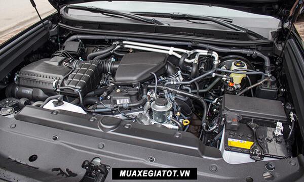 """dong co toyota prado 2020 toyota tan cang 30 - Đánh giá xe Toyota Land Prado 2021, Xe SUV 7 chỗ """"chuẩn mực"""""""