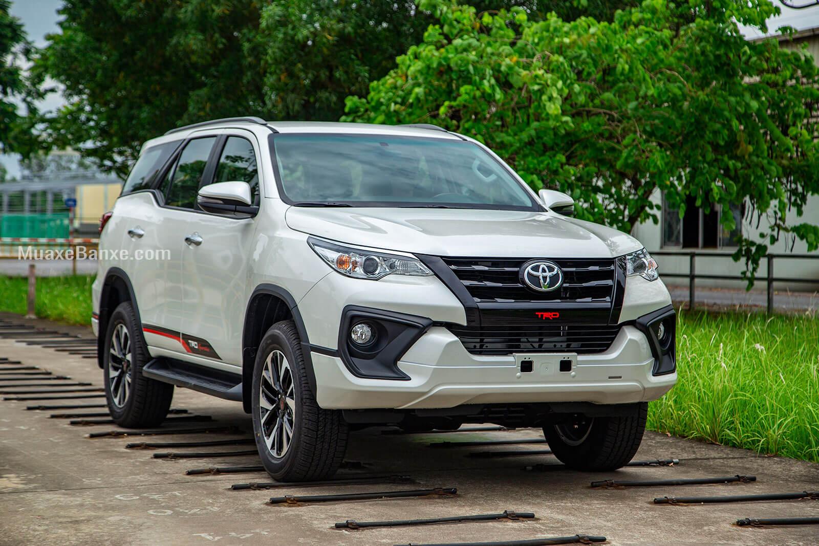 gia xe toyota fortuner trd sportivo 2020 27l 42 may xang toyota tan cang - Đánh giá xe Toyota Fortuner 2021, SUV bán chạy nhất Việt Nam