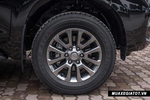 """mam xe toyota prado 2020 toyota tan cang 11 - Đánh giá xe Toyota Land Prado 2021, Xe SUV 7 chỗ """"chuẩn mực"""""""