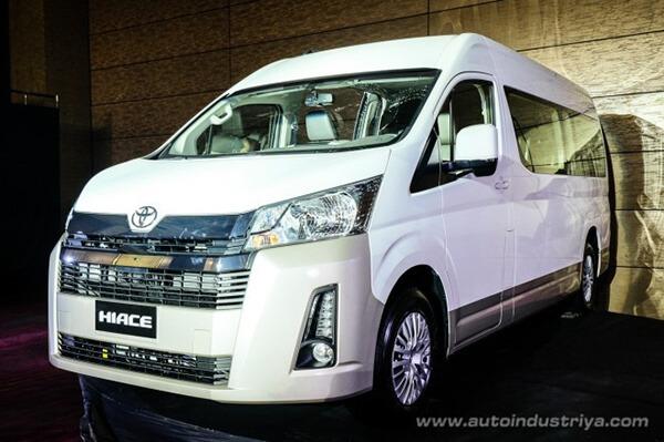 dau xe toyota hiace 2021 ra mat philiphine toyota tan cang 5 - Đánh giá xe Toyota Hiace 2021 - Xe 16 chỗ sắp ra mắt Việt Nam