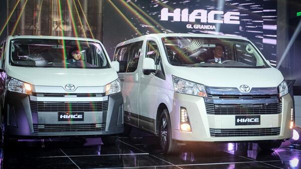 toyota hiace 2021 ra mat philiphine toyota tan cang 8 - Đánh giá xe Toyota Hiace 2021 - Xe 16 chỗ sắp ra mắt Việt Nam