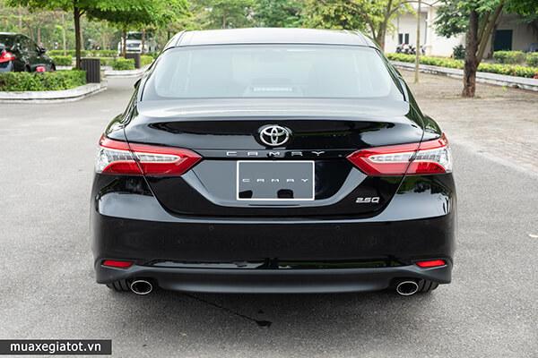 """duoi xe toyota camry 25q 2021 toyota tan cang 18 - Toyota Camry 2.5Q 2021 """"Ông hoàng"""" của phân khúc hạng D"""