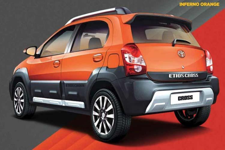 duoixe toyota etios cross 2021 toyota tan cang - Đánh giá xe Toyota Etios Cross 2021