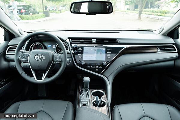 """noi that toyota camry 25q 2021 toyota tan cang 26 - Toyota Camry 2.5Q 2021 """"Ông hoàng"""" của phân khúc hạng D"""