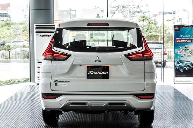 duoi xe mitsubishi xpander 2020 2021 at muaxegiatot vn - Chi tiết Mitsubishi Xpander 2021 - Sang trọng, Hiện đại