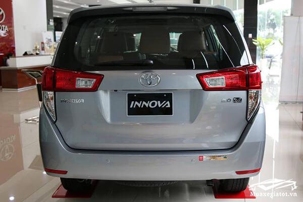 duoi xe toyota innova 2 0 v 7 cho toyotatancang net 11 - Chi tiết xe Toyota Innova 2.0V AT 2021 7 chỗ với thiết kế sang trọng