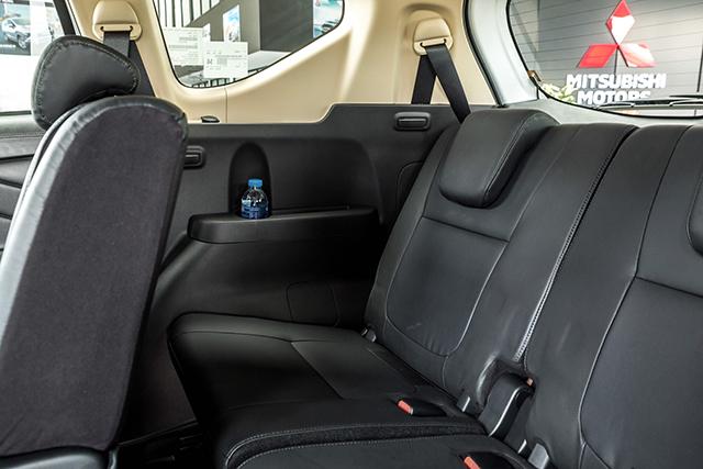 hang ghe thu 3 mitsubishi xpander 2020 2021 at muaxegiatot vn - Chi tiết Mitsubishi Xpander 2021 - Sang trọng, Hiện đại