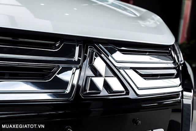 logo truoc mitsubishi xpander 2020 2021 at muaxegiatot vn 1 - Chi tiết Mitsubishi Xpander 2021 - Sang trọng, Hiện đại