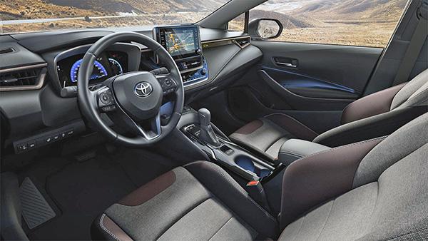 noi that xe toyota corolla cross 2020 2021 muaxegiatot vn - Đánh giá xe Toyota Corolla Cross 2021, Xe Crossover 5 chỗ đầu tiên của Toyota