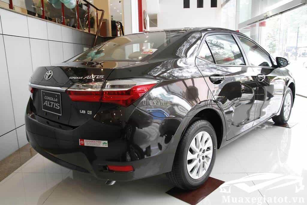 Toyota Corolla Altis 1 8E MT 2017 2021 Mau den 4 toyotatancang net - Chi tiết Toyota Corolla Altis 1.8E MT 2021 ( số sàn) đẹp mê ly đang bán tại Việt Nam