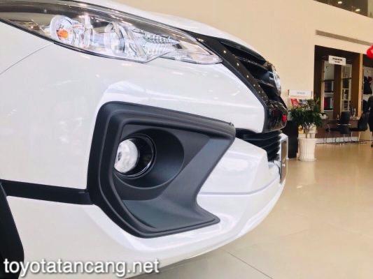 Xe-Toyota-Fortuner-TRD-2021-toyotatancang-net_2-533x400