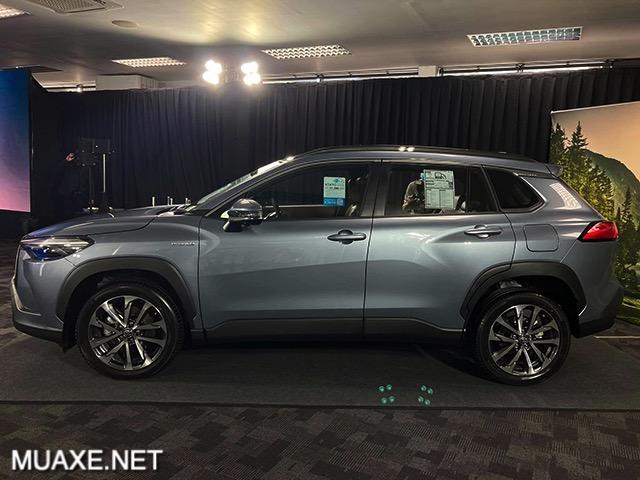 hong-xe-toyota-corolla-cross-2021-tai-thai-lan-muaxe-net