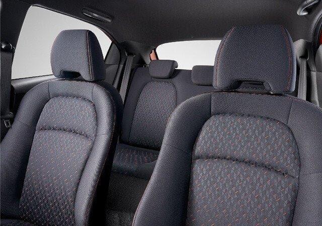 """Honda Brio """"nhỉnh"""" hơn Kia Morning về tốc độ"""