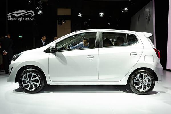 """hong xe toyota wigo 12 g at 2021 2022 muaxegiatot vn 5 - Cuộc """"đụng độ"""" thú vị giữa Vinfast Fadil và Toyota Wigo (phiên bản cao cấp)"""