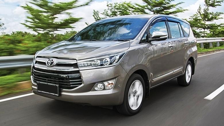 5b79795c 20191204 035721 - Tìm hiểu các thế hệ và giá xe Toyota Innova cũ bán tại Việt Nam