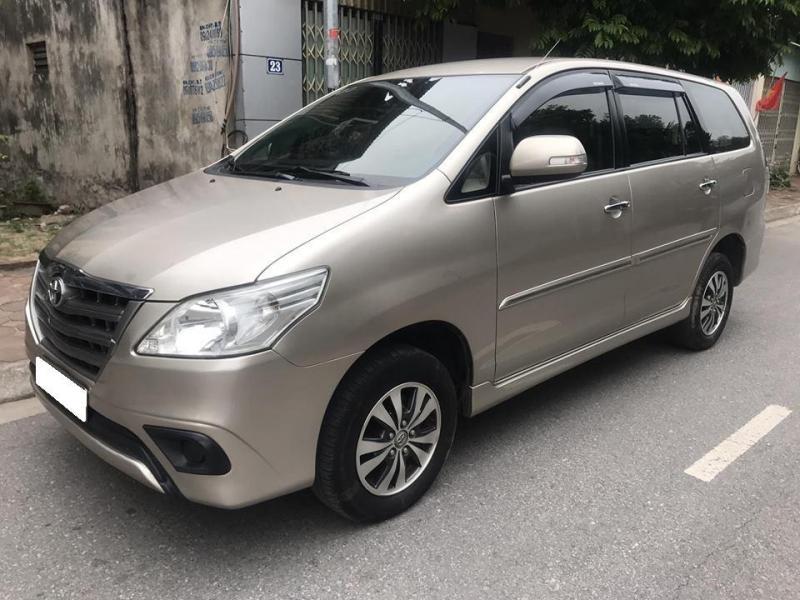 innova quan go vap 15664708677751576 - Tìm hiểu các thế hệ và giá xe Toyota Innova cũ bán tại Việt Nam